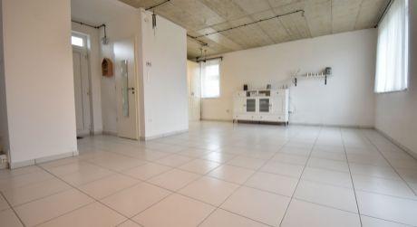 Štýlový 4 - izbový samostatne stojaci rodinný dom 100m2, pozemok 300m2, kúpou voľný