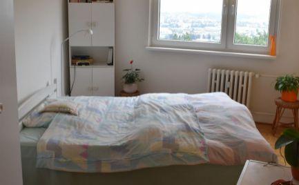 Na predaj 3 izbový byt  na Hájiku pripravený na nasťahovanie.