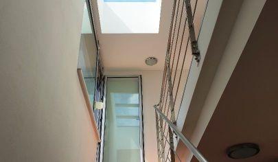 Predaj -  4 i mezonetový byt  s terasou + 2x parking v novostavbe pri Štrkoveckom jazere   + 2x garážové státie, BA- Ružinov, Drieňová ul