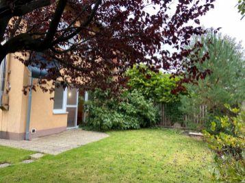 PROMINENT REAL predá pekný 5 izbový rodinný dom na Hrušovskej ulici v Bratislave.