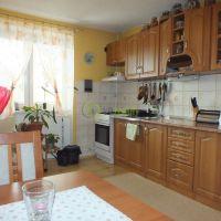2 izbový byt, Zlaté Moravce, 1 m², Pôvodný stav