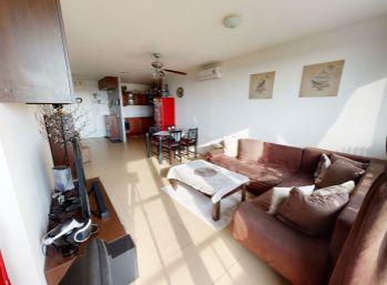 Klimatizovaný 3 izbový byt v novostavbe v Slovenskom Grobe, časť Malý raj, 76 m2, tichá lokalita