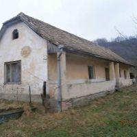 Rodinná vila, Šurice, 1 m², Pôvodný stav