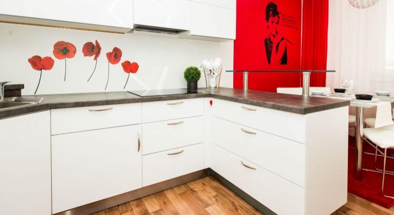 Na predaj krásny moderne zariadený 2 a pol izbový byt v novostavbe na Gagarinovej ulici- REZERVOVANE