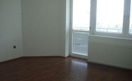 Prenájom 3 izb. bytu, BEBRAVSKÁ ul.