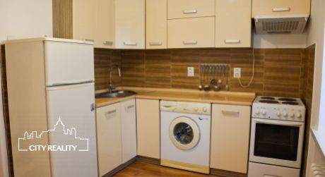 Ponúkame na prenájom 1 izbový byt, 28 m2, 29. augusta, Handlová