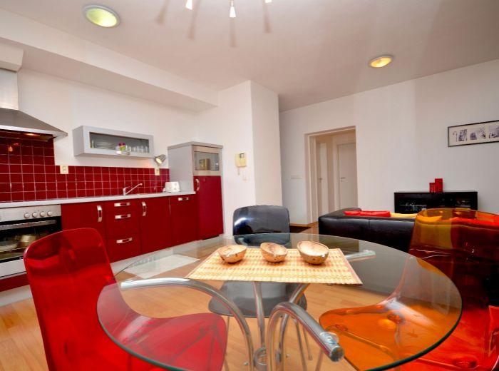 ZÁHRADNÍCKA, 2-i byt, 55 m2 – NOVOSTAVBA, recepcia, LOGGIA, kompletne zariadený, PROVÍZIU NEPLATÍTE