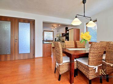 Priestranný 4 izbový rodinný dom s úžitkovou plochou 150 m2 v obci Dunajská Lužná