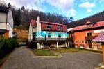 Rodinný dom  v Trenčianskych Tepliciach na predaj, 2066m2 pozemok, garáž, výborná lokalita.