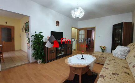 Exkluzívne na predaj pekný priestranný 3,5i byt v tichej lokalite v Nitre za rozumnú cenu