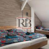 Na prenájom 4 izbový podkrovný byt na Panenskej ulici v Starom Meste, BAI