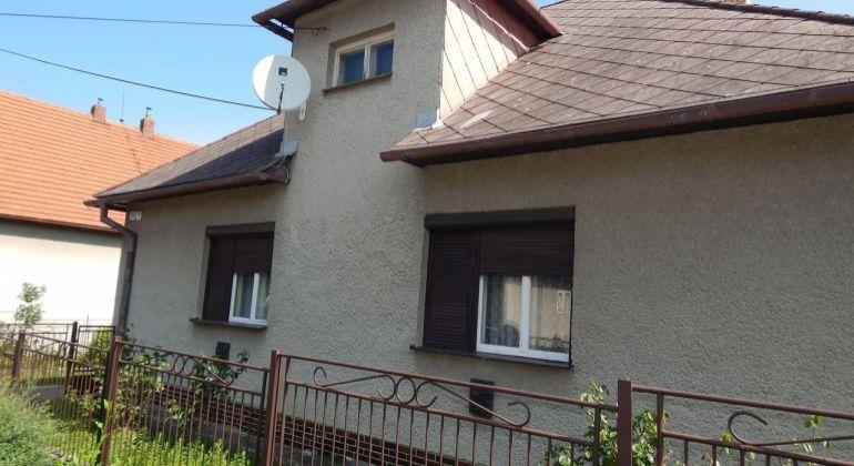 Na predaj 3 -izbový rodinný dom 786 m2, Lehota pod Vtáčnikom, okres Prievidza