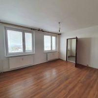 3 izbový byt, Michalovce, 65 m², Čiastočná rekonštrukcia