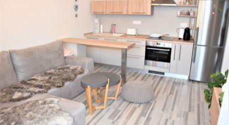 Na predaj 2 izbový byt s lodžiou v novostavbe+park.miesto, 53 m2, Trenčín, ul. Zlatovská