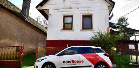 Na predaj - krásny rodinný dom v pôvodnom stave v obci Petrová Lehota