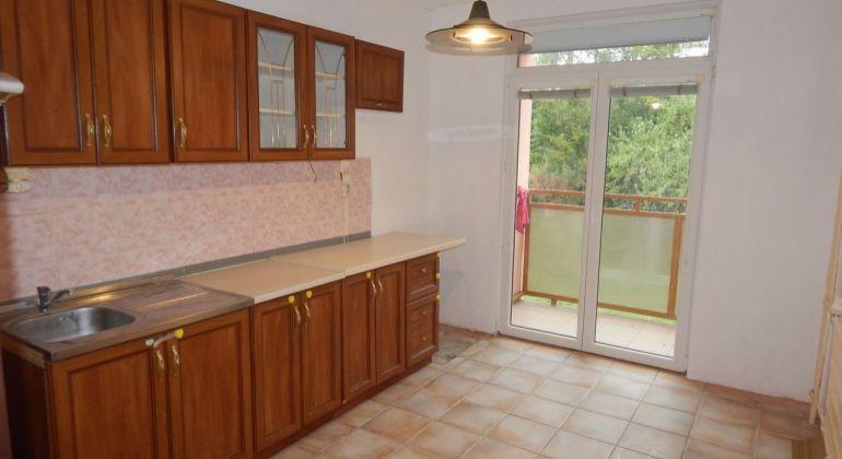 Na Predaj 4 -izbový byt, 84 m2, Handlová, ul. Okružná, okres Prievidza