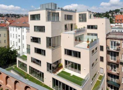 4 izb byt v ocenenej novostavbe v Starom meste BA na Konventnej ul. s terasou s výborným napojením do mesta na všetky smery.
