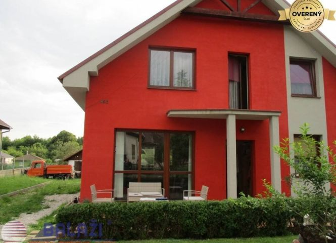 Rodinný dom - Jelenec - Fotografia 1
