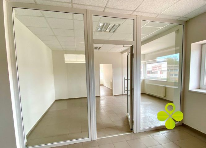 kancelárie - Prievidza - Fotografia 1