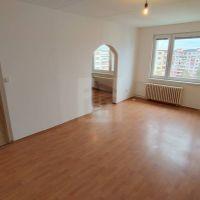 2 izbový byt, Lučenec, 64 m², Čiastočná rekonštrukcia