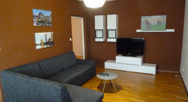 Priestranný 3 izbový byt na predaj, Lučenec - Opatová, s balkónom