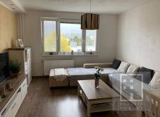 3 izbový byt kompletná rekonštrukcia so zariadením a nízkymi mesačnými nákladmi, Martin – Záturčie