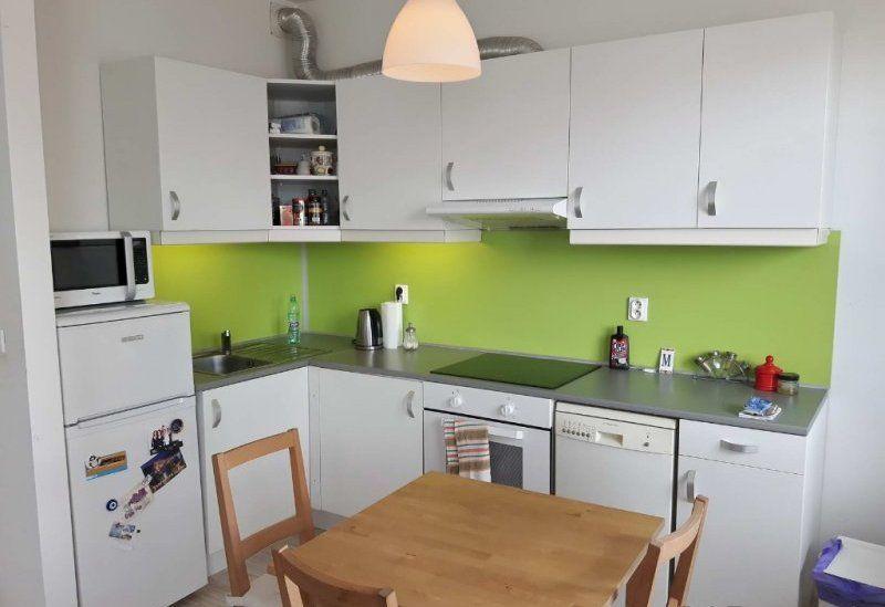 1-izbový byt-Predaj-Bratislava - mestská časť Dúbravka-111800.00 €