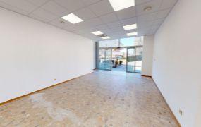 Na prenájom komerčné a prevádzkové priestory s rozlohou 79,60 m2,Trenčín, ul. Hviezdoslavova