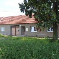 Rodinný dom, Kopčany, 1 m², Čiastočná rekonštrukcia