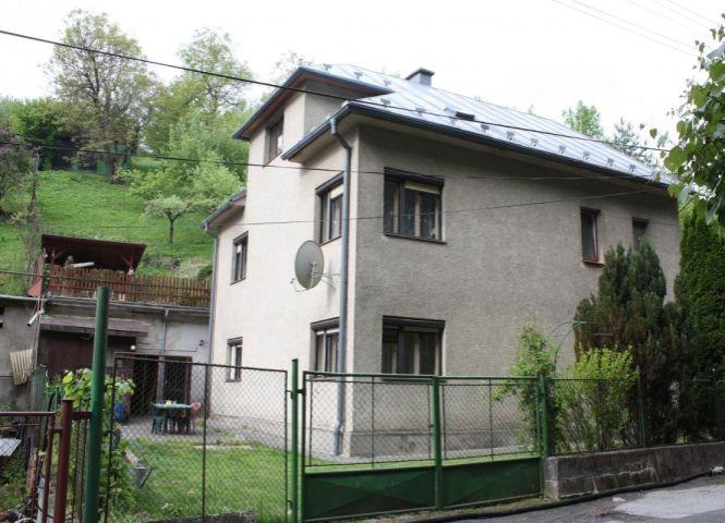 Rodinný dom - Banská Bystrica - Fotografia 1