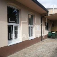 Rodinný dom, Trenčianska Teplá, 1201 m², Kompletná rekonštrukcia