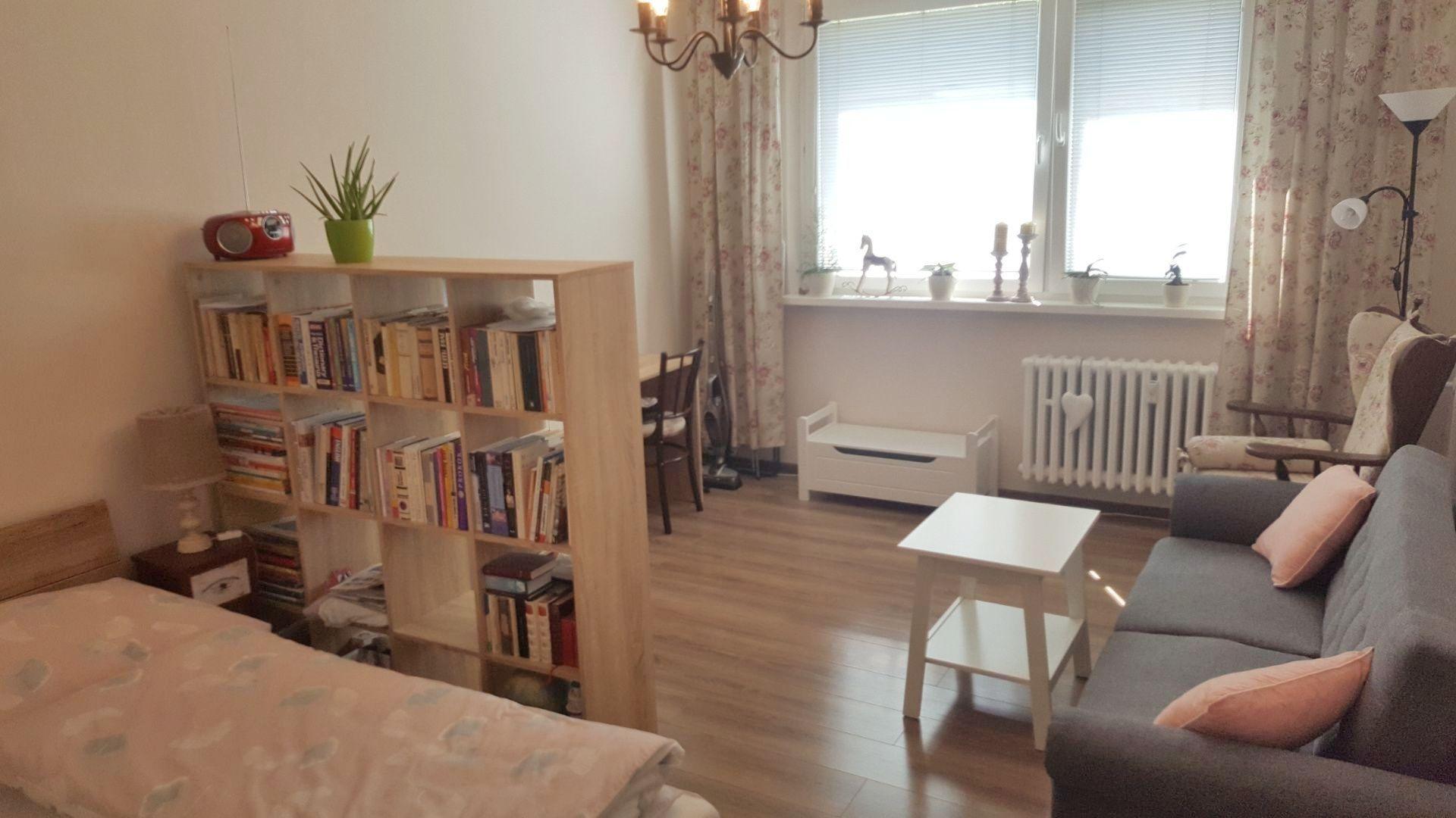 1-izbový byt-Predaj-Bratislava - mestská časť Dúbravka-109990.00 €