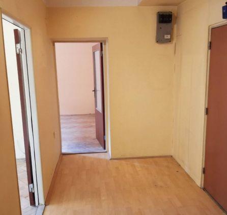 StarBrokers- PREDAJ: Investičná príležitosť: Priestranný 2-izb. byt, tehla, pôvodný stav, Prievozská ul.