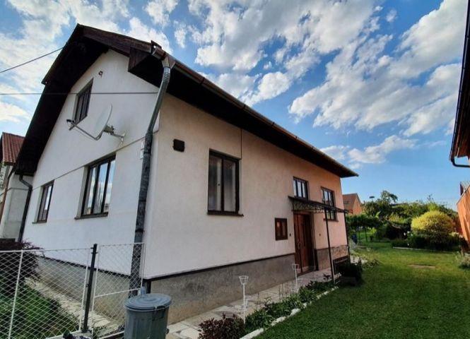 Rodinný dom - Smižany - Fotografia 1