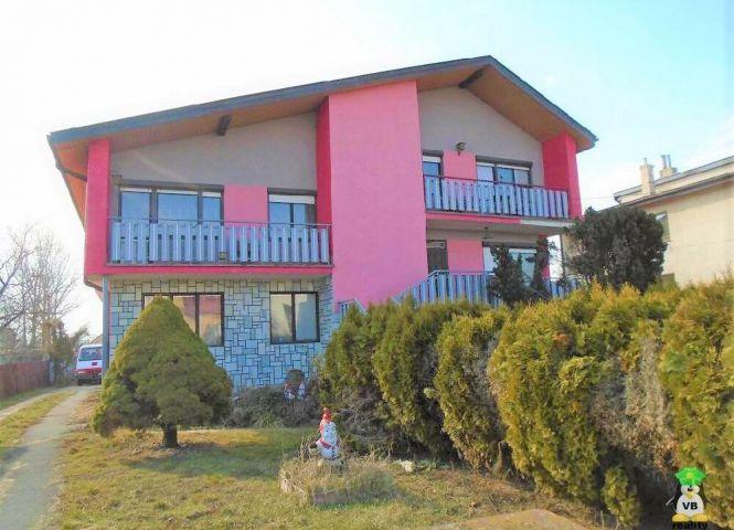 Rodinný dom - Budkovce - Fotografia 1