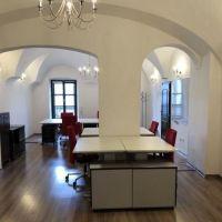 Kancelárie, Banská Bystrica, 52 m², Kompletná rekonštrukcia