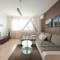 3 izbový byt, Komárno, 76 m², Kompletná rekonštrukcia