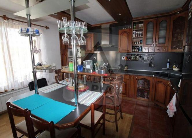 Rodinný dom - Žabokreky - Fotografia 1
