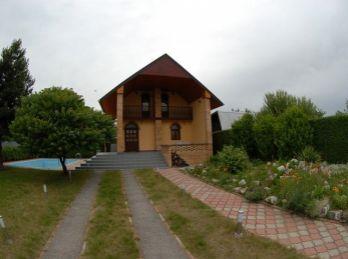 Chata s bazénom pri jazere, Košice- okolie, Geča, 600 m2