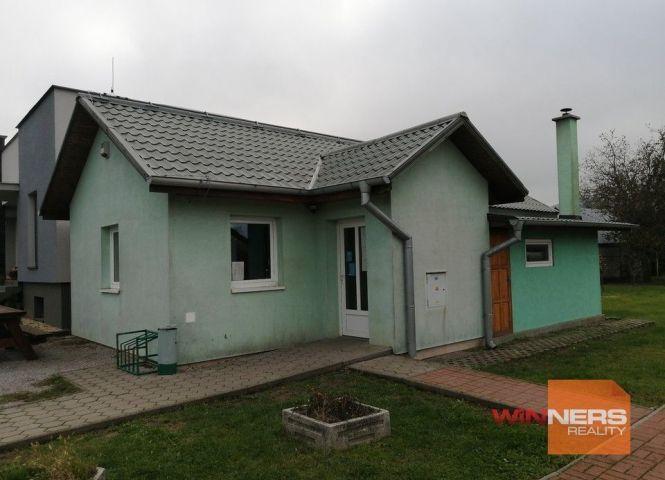 obchodné - Slovenské Nové Mesto - Fotografia 1