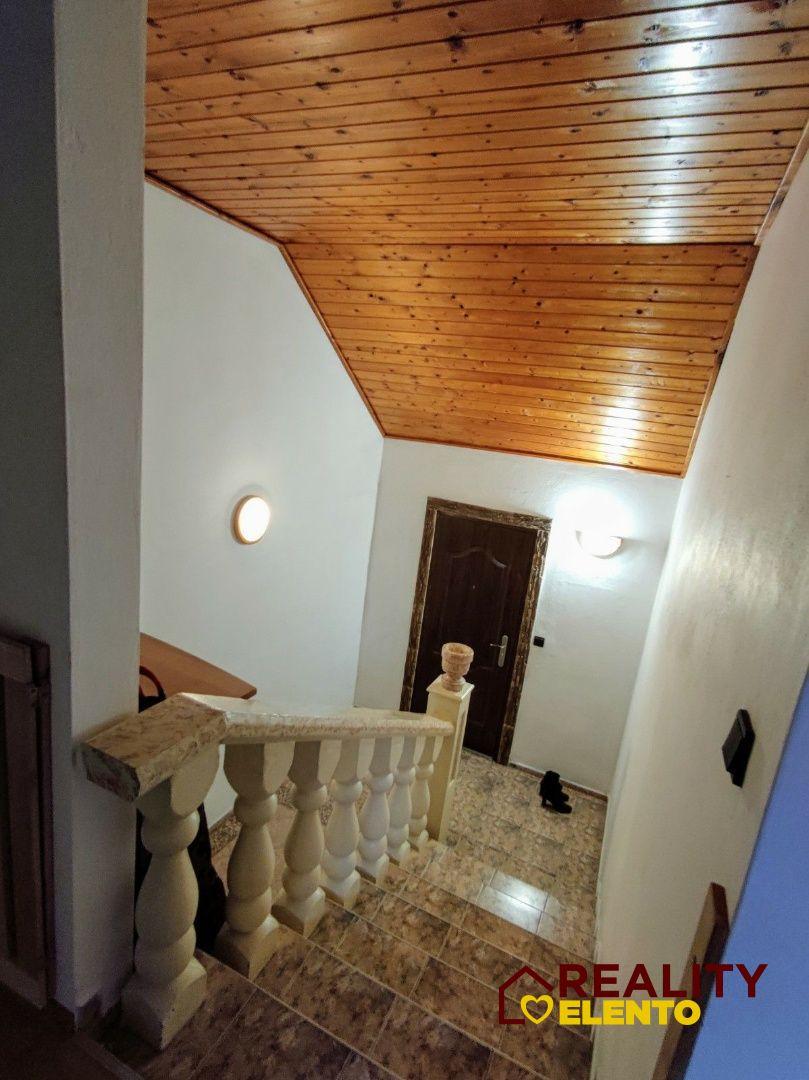 Rodinný dom-Predaj-Oslany-187000.00 €