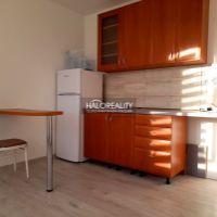 Garsónka, Levice, 23 m², Kompletná rekonštrukcia