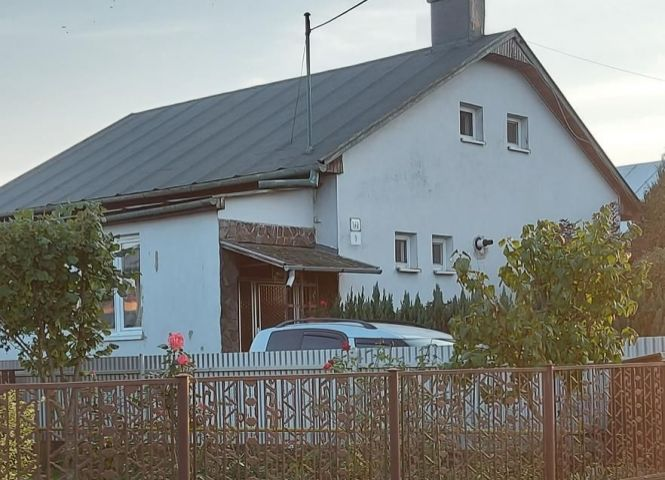 Rodinný dom - Geča - Fotografia 1