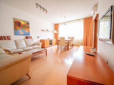 Na prenájom elegantný 4-izbový byt s balkónom, 120 m², Papraďová ul, Ružinov, od 1.11.2020
