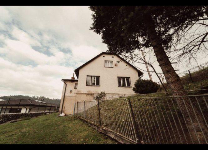 Rodinný dom - Čierne - Fotografia 1