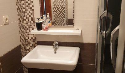 Predaj - pekný 3 izbový byt,  2x loggia, BA- Karlova Ves, H. Meličkovej