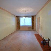 3 izbový byt, Levice, 64 m², Pôvodný stav