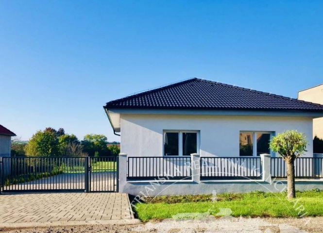 Rodinný dom - Beladice - Fotografia 1