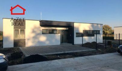 Malé Leváre- moderná 4 izbová novostavba v ŠTANDARDE s pozemkom 580m2