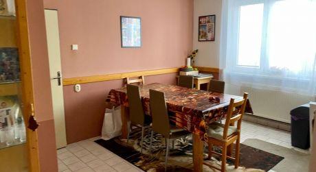 Kuchárek- real: Veľký 3 izbový byt Hurbanová Ves okres Senec